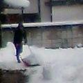 雪かき、きたり